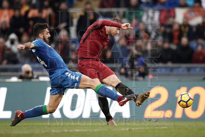 Calcio, Serie A: AS Roma - Sassuolo, Roma, stadio Olimpico, 30 dicembre 2017.<br /> Roma's Edin Dzeko (r) scores a goal disallowed for offside during the Italian Serie A football match between AS Roma and Sassuolo at Rome's Olympic stadium, 30 December 2017.<br /> UPDATE IMAGES PRESS/Isabella Bonotto