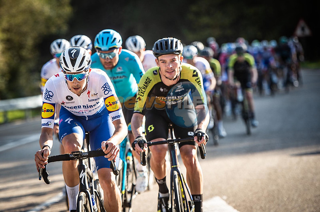 The peloton led by Mitchelton-Scott and Deceuninck-Quick Step during Stage 10 of the Vuelta Espana 2020 running 187.4km from Castro Urdiales to Suances, Spain. 30th October 2020.   <br /> Picture: Unipublic/Charly Lopez | Cyclefile<br /> <br /> All photos usage must carry mandatory copyright credit (© Cyclefile | Unipublic/Charly Lopez)