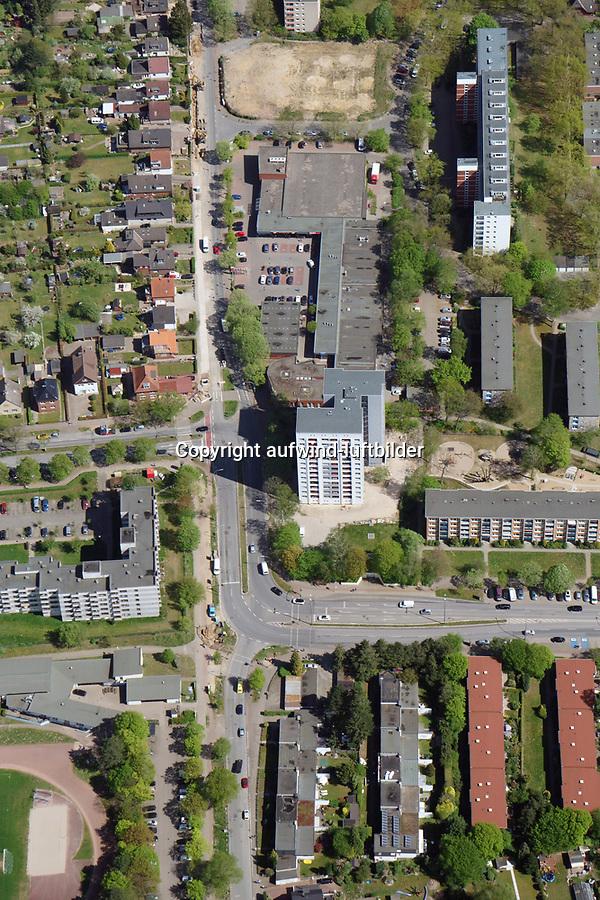 Habermannstrasse, Röpraredder Kreisverkehr: EUROPA, DEUTSCHLAND, HAMBURG, (EUROPE, GERMANY), 25.04.2019: Habermannstrasse, Röpraredder Kreisverkehr