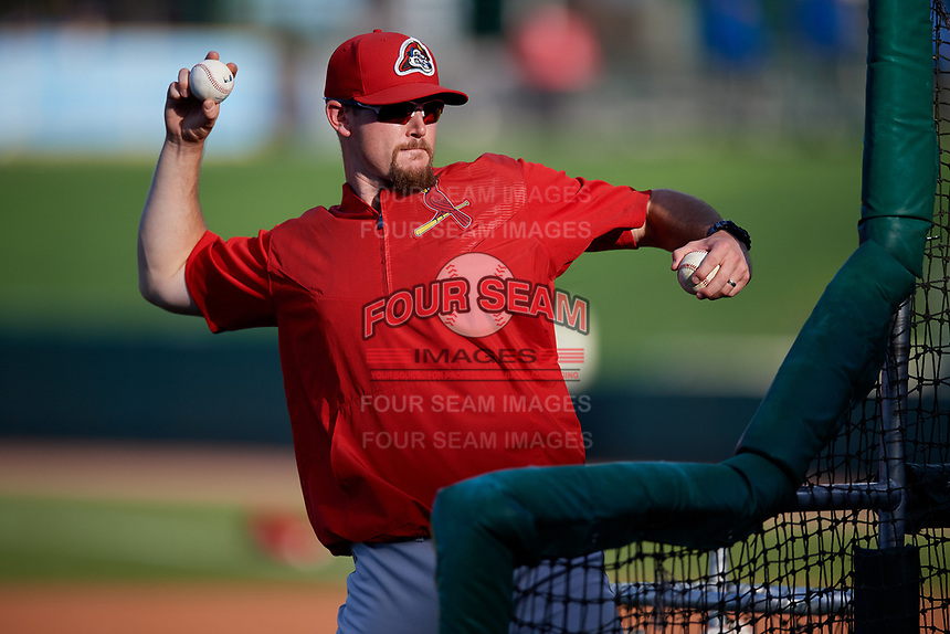 Peoria Chiefs pitching coach Cale Johnson (27) throws batting practice before a game against the Bowling Green Hot Rods on September 15, 2018 at Bowling Green Ballpark in Bowling Green, Kentucky.  Bowling Green defeated Peoria 6-1.  (Mike Janes/Four Seam Images)