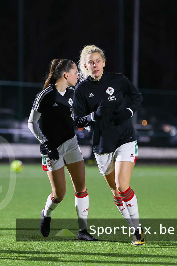 Tine Schrijvers (23 OHL) pictured during the warm up before a female soccer game between Oud Heverlee Leuven and Standard Femina De Liege on the 10th matchday of the 2020 - 2021 season of Belgian Womens Super League , sunday 20 th of December 2020  in Heverlee , Belgium . PHOTO SPORTPIX.BE | SPP | SEVIL OKTEM