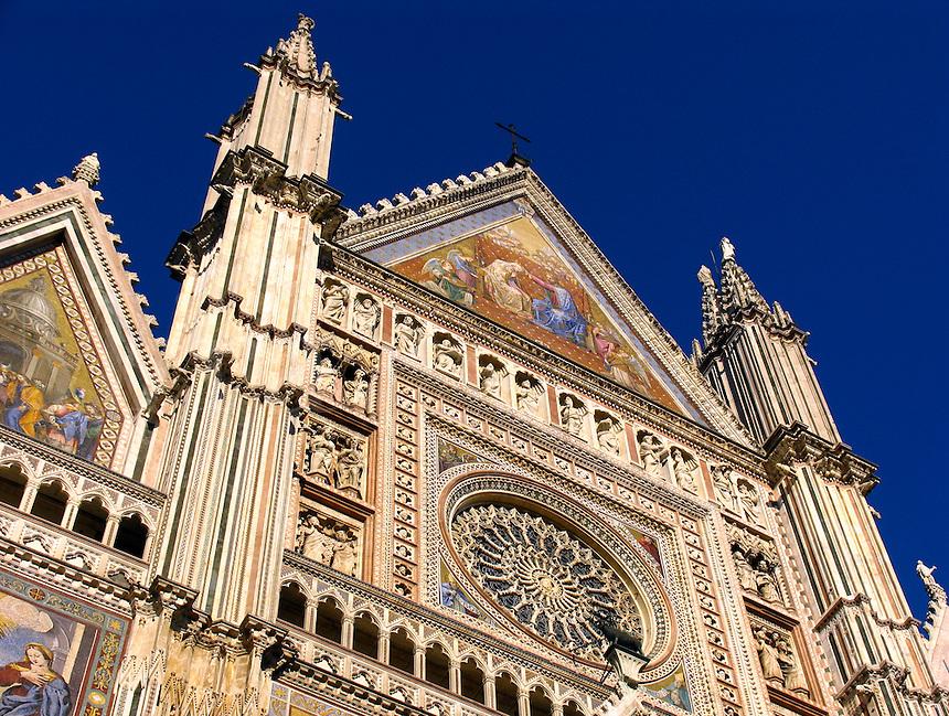 Duomo of Orvieto, Italy, Romanesque-Gothic cathedra