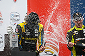#26: Colton Herta, Andretti Autosport Honda, #22: Simon Pagenaud, Team Penske Chevrolet