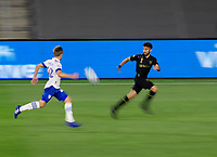 LOS ANGELES, CA - SEPTEMBER 02: Tommy Thompson #22 of the San Jose Earthquakes and Diego Rossi #9 of LAFC race to the ball during a game between San Jose Earthquakes and Los Angeles FC at Banc of California stadium on September 02, 2020 in Los Angeles, California.