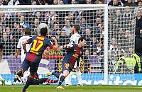 MADRI; ESPANHA; 02 MARÇO 2013 - CAMPEONATO ESPANHOL - REAL MADRID X BARCELONA - Lionel Messi jogador do Barcelona comemora gol contra o Real Madrid em partida pela 26 rodada do Campeonato Espanhol; neste sabado; 02. (FOTO: ALEX CID-FUENTES / ALFAQUI / BRAZIL PHOTO PRESS).