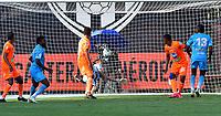 ENVIGADO - COLOMBIA, 02-02-2021:Jose Lloreda de Jaguares de Córdoba celebra después de anotar el gol de su equipo durante partido por la fecha 4 entre Envigado y Jaguares de Córdoba como parte de la Liga BetPlay DIMAYOR 2021 jugado en el estadio  Polideportivo Sur de Envigado. / Jose Lloreda of Jaguares de Cordoba celebrates after scoring the goal of his team during match for the date  4 between Envigado  and Jaguares de Cordoba BetPlay DIMAYOR League I 2021 played at  Polideportivo Sur stadium in Envigado. Photo: VizzorImage / Luis Benavides / Contribuidor