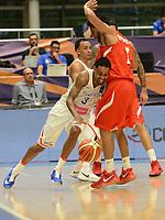 MEDELLÍN - COLOMBIA, 25-08-2017: Michael ROSARIO de Puerto Rico disputa el balón con Jorge GUTIERREZ de Mexico durante partido de la fase de grupos, grupo A, de la FIBA AmeriCup 2017 jugado en el coliseo Iván de Bedout de la ciudad de Medellín.  El AmeriCup 2017 se juega  entre el 25 de agosto y el 3 de septiembre de 2017 en Colombia, Argentina y Uruguay. / Michael ROSARIO of Puerto Rico fights for the ball with Jorge GUTIERREZ of Mexico during the match of the group stage Group A of the FIBA AmeriCup 2017 played at Ivan de Bedout  coliseum in Medellin. The AmeriCup 2017 is played between August 25 and September 3, 2017 in Colombia, Argentina and Uruguay. Photo: VizzorImage / León Monsalve / Cont