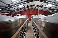 France/DOM/Martinique/ Saint-Pierre:  Distillerie Neisson -Rhum AOC de la Martinique - le chai- le cuvier Inox