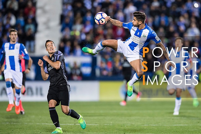 Robert Ibanez (r) of Deportivo Leganes in action during their La Liga match between Deportivo Leganes and Real Madrid at the Estadio Municipal Butarque on 05 April 2017 in Madrid, Spain. Photo by Diego Gonzalez Souto / Power Sport Images