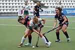 v.li.: Fiona Felber (MHC, 6), Julia Hemmerle (Mülheim, 1), Julia Meffert (MHC, 97), Zweikampf, Spielszene, Duell, duel, tackle, tackling, Dynamik, Action, Aktion, 01.05.2021, Mannheim  (Deutschland), Hockey, Deutsche Meisterschaft, Viertelfinale, Damen, Mannheimer HC - HTC Uhlenhorst Mülheim <br /> <br /> Foto © PIX-Sportfotos *** Foto ist honorarpflichtig! *** Auf Anfrage in hoeherer Qualitaet/Aufloesung. Belegexemplar erbeten. Veroeffentlichung ausschliesslich fuer journalistisch-publizistische Zwecke. For editorial use only.