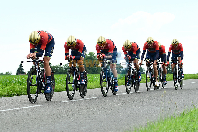 Bahrain-Merida in full flight during Stage 3 of the 2018 Criterium du Dauphine 2018 a Team Time Trial running 35km from Pont de Vaux to Louhans Chateaurenaud, France. 6th June 2018.<br /> Picture: ASO/Alex Broadway | Cyclefile<br /> <br /> <br /> All photos usage must carry mandatory copyright credit (© Cyclefile | ASO/Alex Broadway)