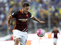 Calcio, Serie A: Frosinone vs Roma. Frosinone, stadio Comunale, 12 settembre 2015.<br /> Roma's Francesco Totti in action during the Italian Serie A football match between Frosinone and Roma at Frosinone Comunale stadium, 12 September 2015.<br /> UPDATE IMAGES PRESS/Isabella Bonotto