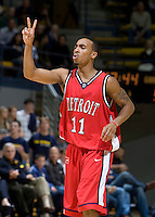 11 November 2009:  Woody Payne of Detroit calls a play during the game against California at Haas Pavilion in Berkeley, California.   California defeated Detroit, 95-61.