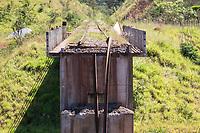 BRUMADINHO, MG, 01.02.2019: ROMPIMENTO DA BARRAGEM EM BRUMADINHO. Viaduto da linha ferra no local do rompimento da barragem da Mineradora Vale, em Corrego do Feijao-Brumadinho, região metropolina de Belo Horizonte, MG, na manhã desta sexta feira (01) (foto Giazi Cavalcante/Codigo19)