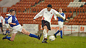 20040403     Copyright Pic : James Stewart.File Name : jspa02_clyde_v_qots.JACK ROSS SCORES CLYDE'S SECOND GOAL....James Stewart Photo Agency 19 Carronlea Drive, Falkirk. FK2 8DN      Vat Reg No. 607 6932 25.Office     : +44 (0)1324 570906     .Mobile  : +44 (0)7721 416997.Fax         :  +44 (0)1324 570906.E-mail  :  jim@jspa.co.uk.If you require further information then contact Jim Stewart on any of the numbers above.........