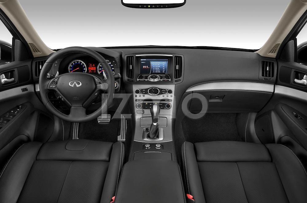 Straight dashboard view of a 2009 Infiniti G37 S Sedan.