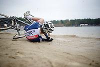 Stijn Huys (BEL/ZZPR-Orange Babies) crashing<br /> <br /> Elite Men's Race<br /> Krawatencross<br /> bpost bank trofee