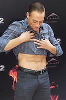 MADRI, ESPANHA, 08 AGOSTO DE 2012 - SESSAO DE FOTOS OS MERCENARIOS 2 - O ator belga Jean Claude Van Damme durante sessao de fotos do filme Os Mercenarios 2 no Hotel Hitz em Madri na capital da Espanha, nesta quarta-feira, 08. (FOTO: CESAR CEBOLLA / ALFAQUI / BRAZIL PHOTO PRESS).