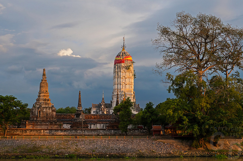 Ayutthaya Kingdom, a Thai kingdom that existed from 1350 to 1767; Ayutthaya Historical Park, the ruins of the old capital city of the Ayutthaya Kingdom, Phra Nakhon Si Ayutthaya, Thailand