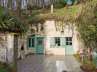 French cave home the Flintstones would be envious of has gone on sale for £125,000.