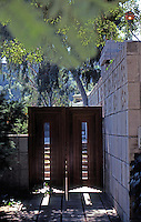 F.L. Wright: Storer House, 1923.  Photo '78.