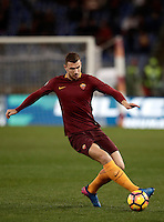 Calcio, Serie A: Roma, stadio Olimpico, 19 febbraio 2017.<br /> Roma's Edin Dzeko in action during the Italian Serie A football match between As Roma and Torino at Rome's Olympic stadium, on February 19, 2017.<br /> UPDATE IMAGES PRESS/Isabella Bonotto