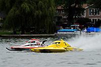 13-14 June, 2009, APBA Inboards, Walled Lake, Novi, MI. USA.Joe Sovie, Y-44, 1.5 Litre Mod hydroplane, Dan Kanfoush, Y-1, 1.5 Litre Mod hydroplane.©F. Peirce Williams 2009 USA.F.Peirce Williams.photography.ref: RAW (.NEF) File Available