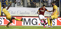 Calcio, Serie A: Frosinone vs Roma. Frosinone, stadio Comunale, 12 settembre 2015.<br /> Roma's Juan Iturbe, center, kicks to score during the Italian Serie A football match between Frosinone and Roma at Frosinone Comunale stadium, 12 September 2015. Roma won 2-0.<br /> UPDATE IMAGES PRESS/Isabella Bonotto
