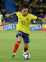 BARRANQUILLA – COLOMBIA, 09-09-2021: Juan Fernando Quintero de Colombia (COL) durante partido entre los seleccionados de Colombia (COL) y Chile (CHI), de la fecha 9 por la clasificatoria a la Copa Mundo FIFA Catar 2022, jugado en el estadio Metropolitano Roberto Melendez en Barranquilla. / Juan Fernando Quintero of Colombia (COL) during match between the teams of Colombia (COL) and Chile (CHI), of the 9th date for the FIFA World Cup Qatar 2022 Qualifier, played at Metropolitan stadium Roberto Melendez in Barranquilla. / Photo: VizzorImage / Jairo Cassiani / Cont.