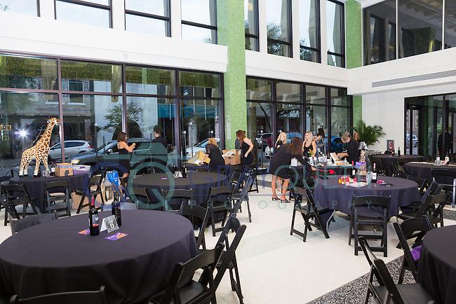 Cathedral Arts Project Captivators at Diner En Nori at Jesse Dupon Center
