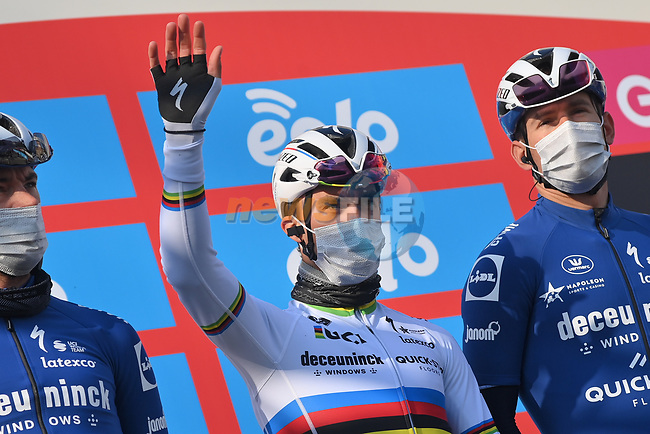 World Champion Julian Alaphilippe (FRA) Deceuninck-Quick Step at sign on before the start of the 112th edition of Milan-San Remo 2021, running 299km from Milan to San Remo, Italy. 20th March 2021. <br /> Photo: LaPresse/Gian Mattia D'Alberto | Cyclefile<br /> <br /> All photos usage must carry mandatory copyright credit (© Cyclefile | LaPresse/Gian Mattia D'Alberto)