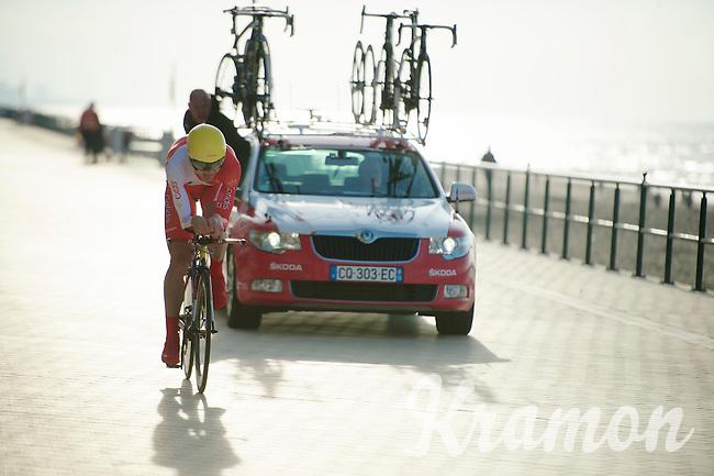 Gert Jouaar (EST) being yelled to the win (with 150m to go)  alongside the seashore of Middelkerke<br /> <br /> 3 Days of West-Flanders 2014<br /> day 1: TT/prologue Middelkerke 7,0 km