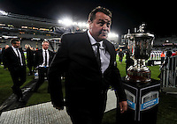 All Blacks coach Steve Hansen walks past the Bledisloe Cup trophy during the Rugby Union match between the New Zealand All Blacks and Australian Wallabies, Eden Park, Auckland, New Zealand. Saturday 22 October 2016. Photo: Simon Watts / lintottphoto.co.nz