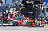 2017 Monster Energy NASCAR Cup Series - Kobalt 400<br /> Las Vegas Motor Speedway - Las Vegas, NV USA<br /> Sunday 12 March 2017<br /> Martin Truex Jr, Bass Pro Shops/TRACKER BOATS Toyota Camry pit stop<br /> World Copyright: Russell LaBounty/LAT Images<br /> ref: Digital Image 17LAS1rl_5647