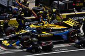 #26: Zach Veach, Andretti Autosport Honda pit stop
