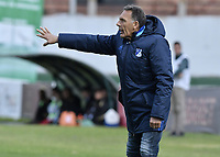 TUNJA -COLOMBIA, 29-07-2018. Miguel Angel Russo técnico de Millonarios gesticula durante partido contra Patriotas Boyacá por la fecha 2 de la Liga Águila II 2018 realizado en el estadio La Independencia de Tunja. / Miguel Angel Russo coach of Millonarios gestures during match against Patriotas Boyaca for the date 2 of Aguila League II 2018 played at La Independencia stadium in Tunja. Photo: VizzorImage/ Gabriel Aponte / Staff