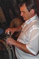 Bierverostung in der Brauerei Faust, Miltenberg in Unterfranken, Bayern, Deutschland