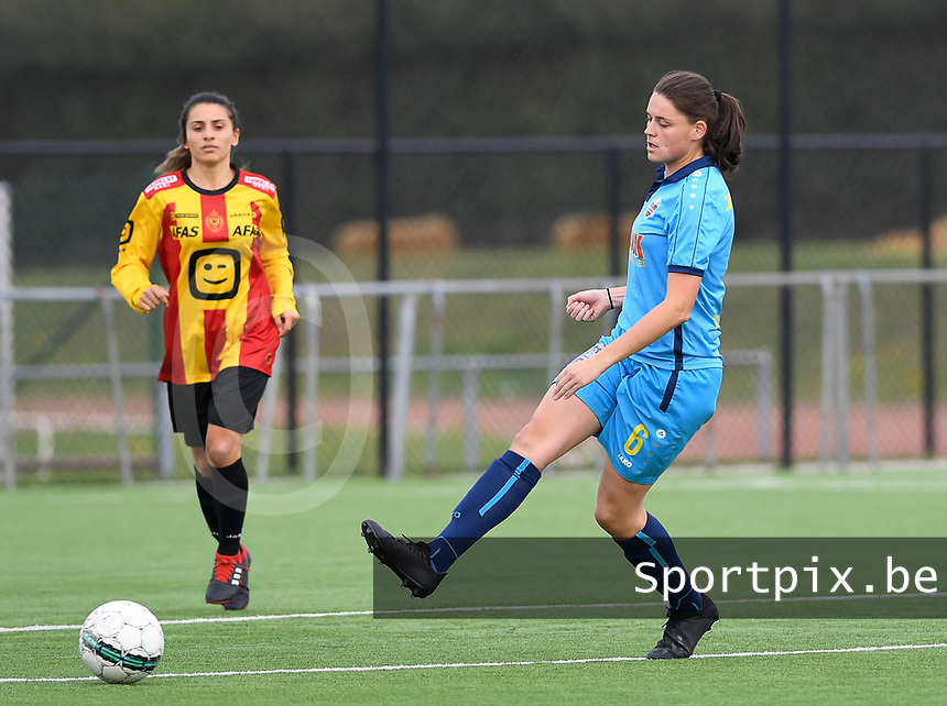 20191005  -  Diksmuide , BELGIUM : FWDM's Sofie Huyghebaert pictured during a footballgame between the womensoccer teams from Famkes Westhoek Diksmuide Merkem and KV Mechelen Ladies A , on the 5th matchday in the first division , 1e nationale , in Diksmuide - Belgium - saturday 5th october 2019 . PHOTO DAVID CATRY | Sportpix.be