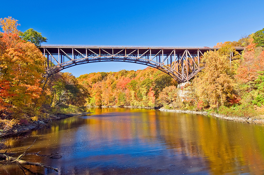 Popolopen Bridge, on Route 9W over the mouth of Popolopen Creek