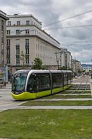 France, Bretagne, (29), Finistère, Brest:  Le tramway de Brest, rue de Siam,