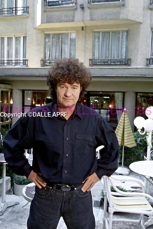 robert charlebois<br /> 09/1993<br /> crÈdit : saddri/dalle