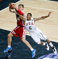 Andrey VORONTSEVICH (Russia) fights for the ball with Derrick ROSE (USA) during the quarter-final World championship basketball match against USA in Istanbul, USA-Russia, Turkey on Thursday, Sep. 09, 2010..