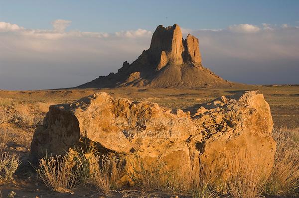Rockformation ar sunset, Shiprock, Navajo Indian Reserve, New Mexico, USA