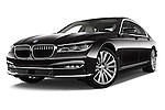 Stock pictures of low aggressive front three quarter view of 2016 BMW 7-Reeks-Berline 4 Door Sedan Low Aggressive
