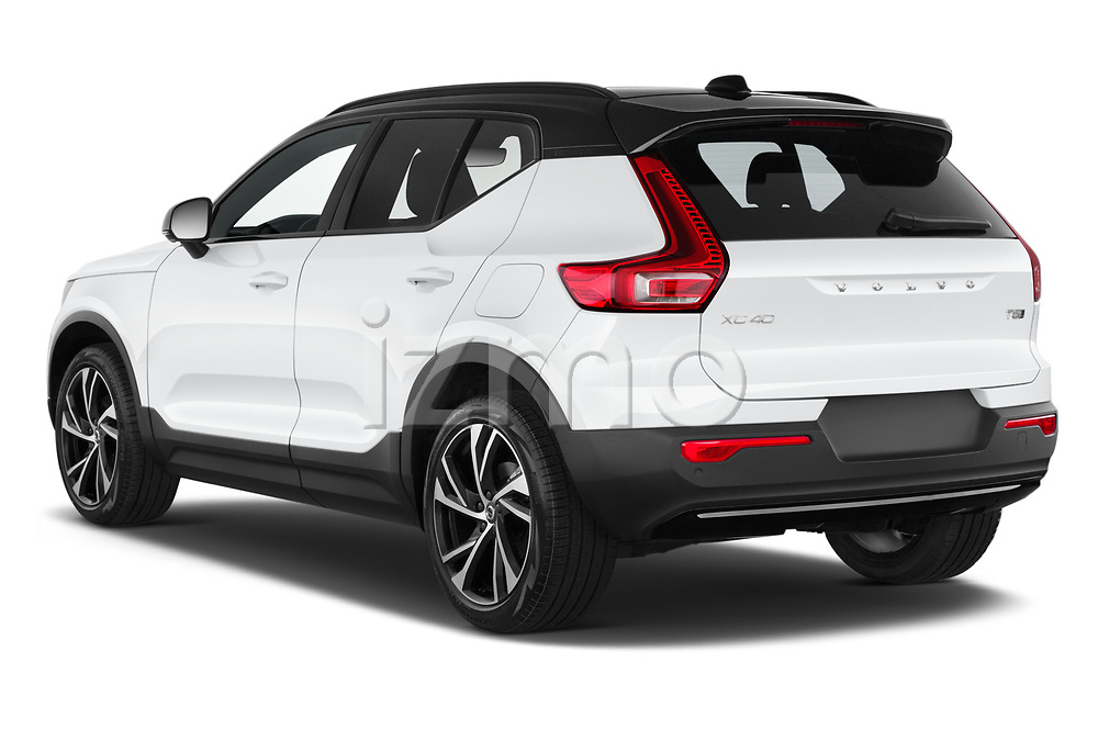 Car pictures of rear three quarter view of 2021 Volvo XC40 R-Design 5 Door SUV Angular Rear
