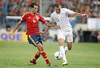 Spain's national team Sergio Busquets against France's national team Karim Benzema during match. October 16, 2012. (ALTERPHOTOS/Alvaro Hernandez) /NORTEPhoto