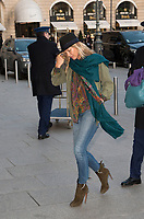 January 17 2018, PARIS FRANCE<br /> Top Model Kate Moss arrives at the Hotel the Ritz in Paris. #> BEAUCOUP DE PEOPLE A L'HOTEL DU RITZ DE PARIS