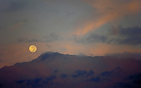 Waialeale mountian with full moon, Kauai