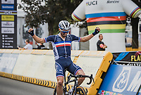 Julian Alaphilippe (FRA/Deceuninck-Quick Step) solo finishing and winning the World Championships for a second consecutive time <br /> <br /> Men Elite – Road Race (WC)<br /> Race from Antwerp to Leuven (268.3km)<br /> <br /> ©kramon
