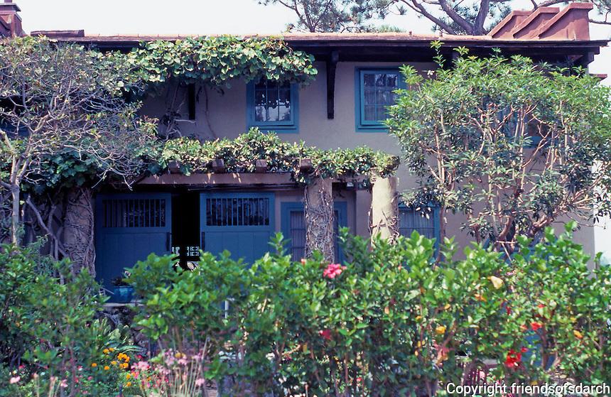 Irving Gill: Wheeler J. Bailey House. East facade facing street. (Photo 2000)